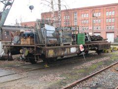 b_240_0_16777215_00_images_lokpark_fahrzeuge_bahndienstwagen_vbv702_flachwagen_01.jpg